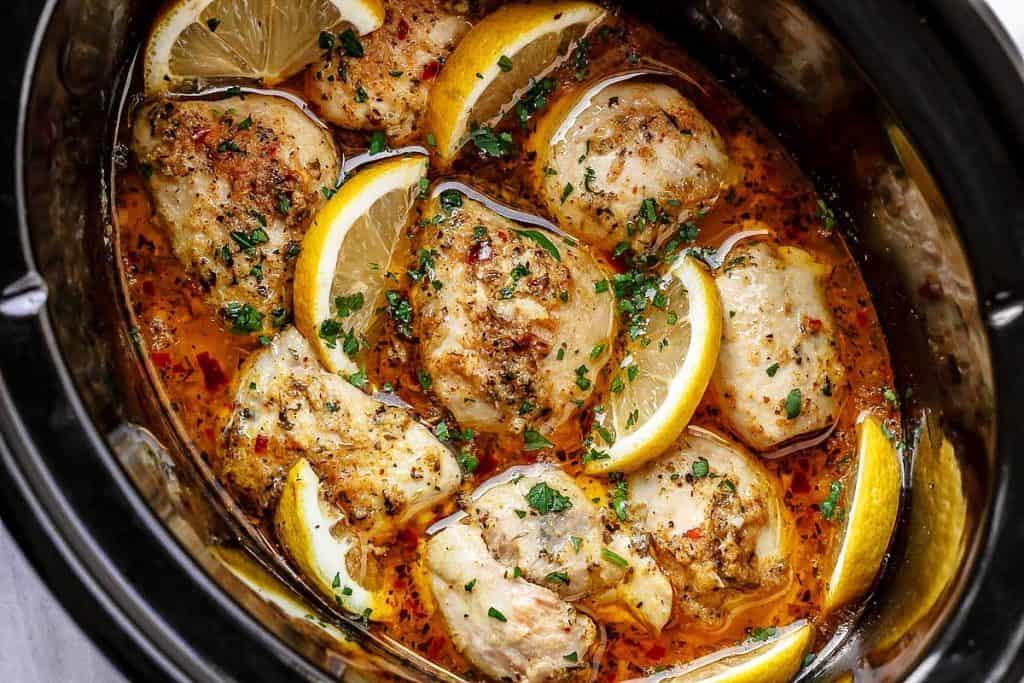 Paleo diet - slow cooked chicken