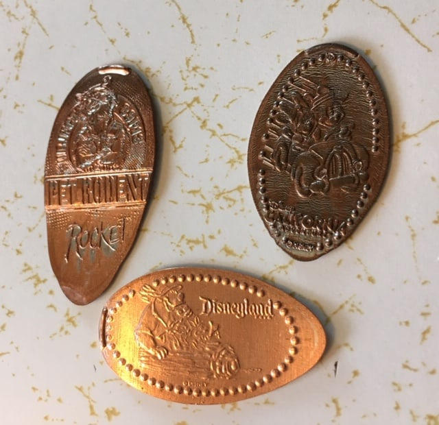 How to save money in disneyland - Penny Pincher Souvenirs