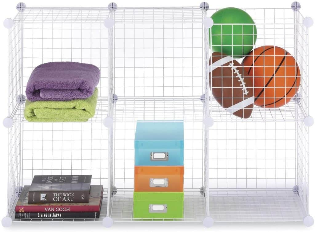 Wire cubes make a great closet cubby system