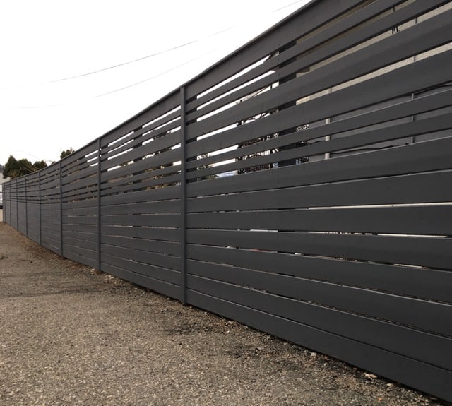 Best Privacy fence ideas - horizontal wooden boards