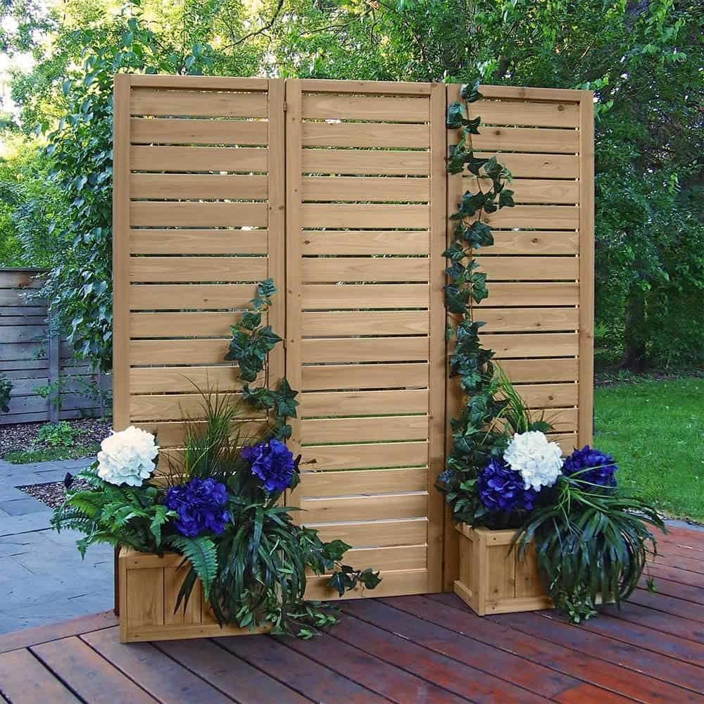 Privacy screen ideas for a raised deck - cedar planter box and privacy screen combo