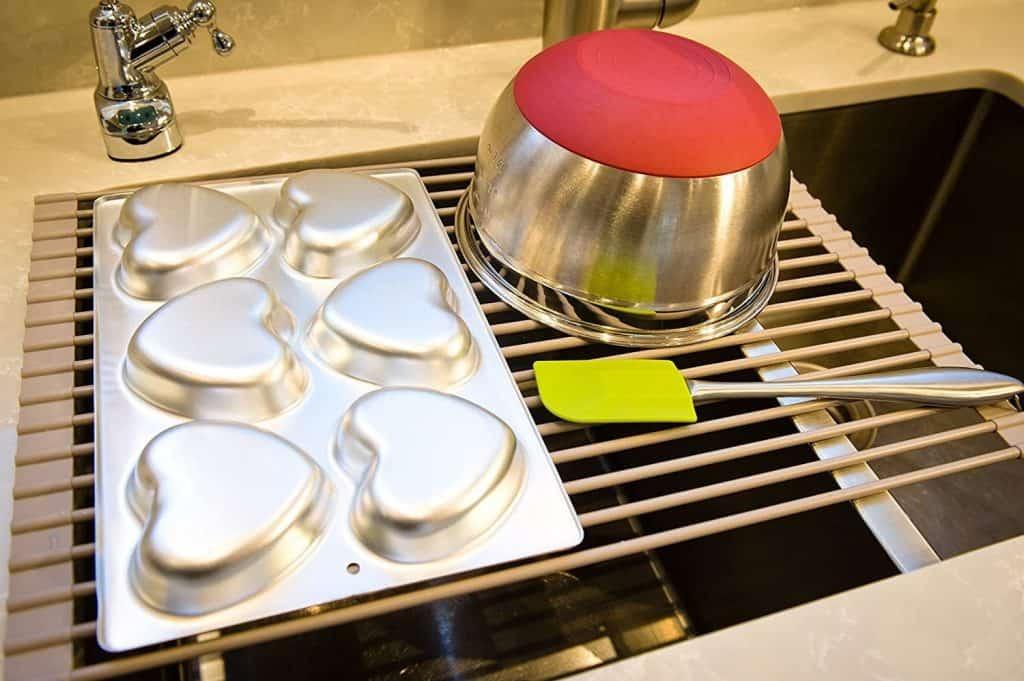 RV organization accessories - roll-up dish drying rack