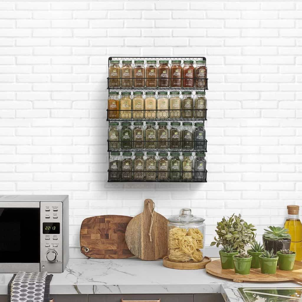 How to organize spices