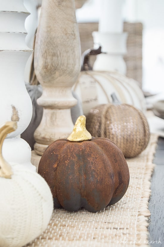 Fall Decor DIY ideas - painted rusty pumpkin