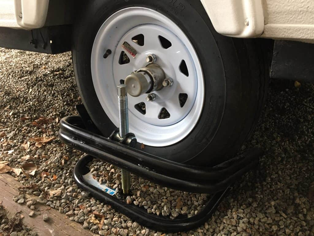 We use a BAL tire leveler to level our pop up camper. It is a very handy pop up camper accessory that makes leveling your Pop Up way easier.