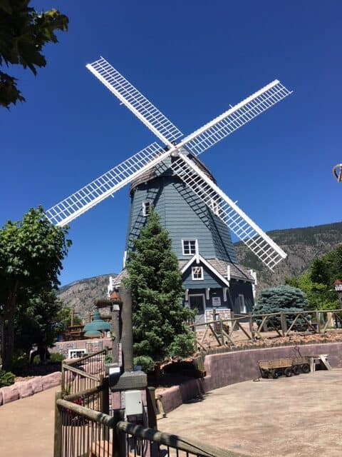 The giant windmill at Rattlesnake canyon osoyoos has an ice cream shop to help you cool down on a hot summer day